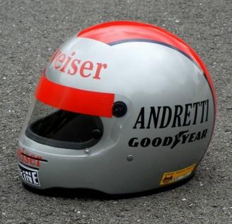 Andretti%201984%20Budweiser%20helmet%201.jpg